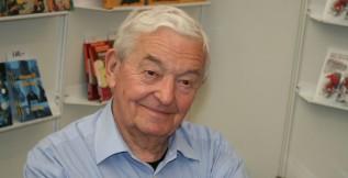 Bývalý sudí Rudolf Baťa spatřuje rozdíl mezi generací Phila Esposita a dnešními Kanaďany